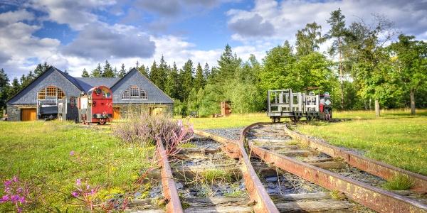 Gleise der Grubenbahn - Technisches Denkmal - Historischer Schieferbergbau - Lehesten