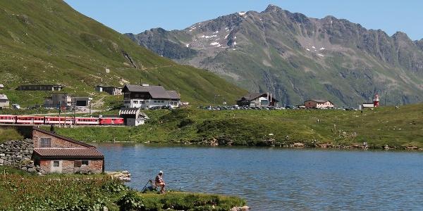 Fischerhäuschen mit Restaurant und Leuchtturm