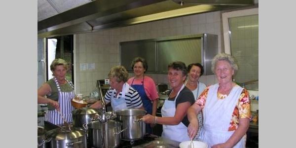 Helfer in der Küche