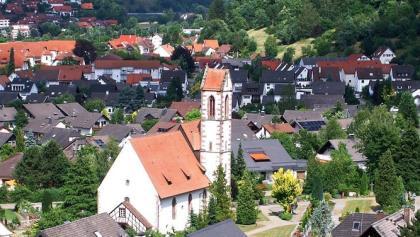 Die Dorfkirche ist das älteste Gebäude Hausachs aus dem 11. Jahrhundert