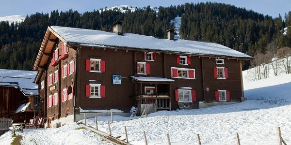 Mitten im Winterwunderland von Furna.