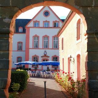 Burghof Bollendorf