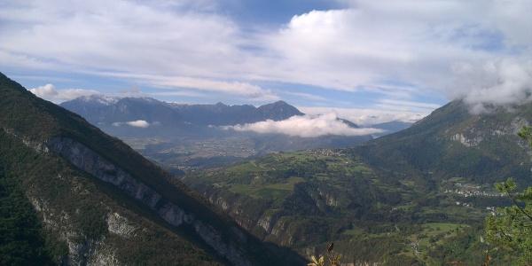 Blick von dem Forsweg Nembia-Ranzo