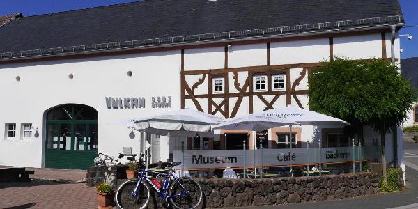 Vulkanhaus mit Museum und Café