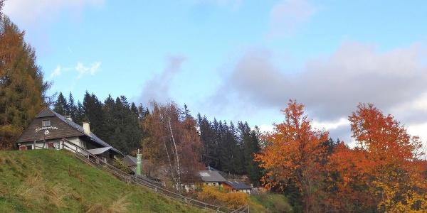 Sonnleitnerhütte im Herbst