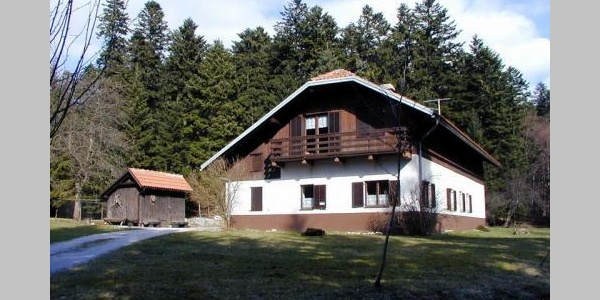 Planinski dom na Slivnici