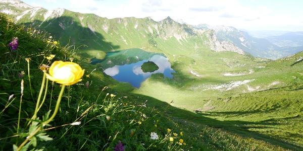 """Mountain chain around the """"Schrecksee"""""""
