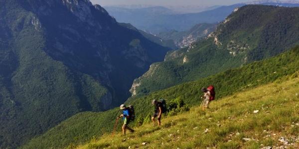 Hiking at Blaca plateau