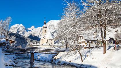Die Kirche Ramsau im Winter