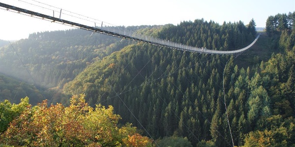 Hängeseilbrücke