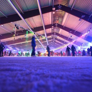 Die Eissporthalle in Harsefeld