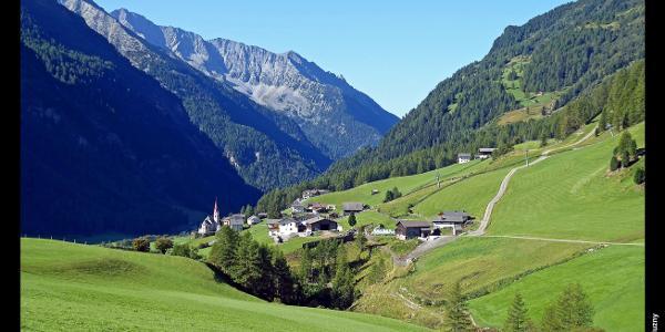Rein um die Pfarrkirche zum Heiligen Wolfgang vom Zustieg zum Arthur-Hartdegen-Weg