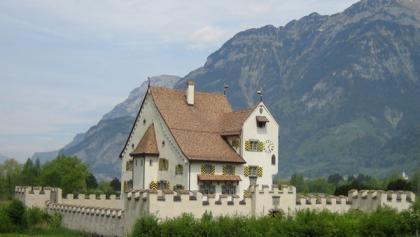 Bike-Tour auf dem Weg der Schweiz: Schloss A-Pro