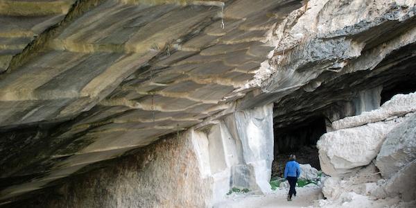 Le cave di oolite nel Bosco Caproni