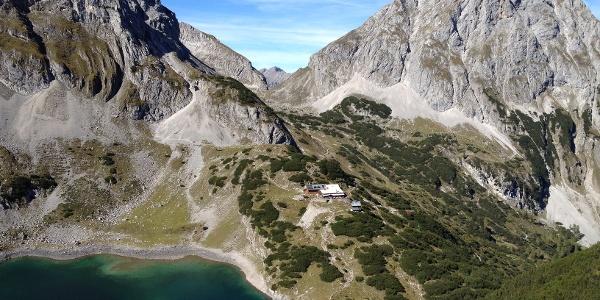 The Dragon Lake and the Coburg hut