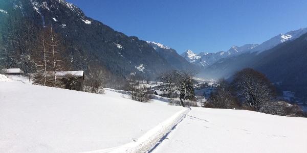 Winterwanderweg beim Kloster Mariahilf