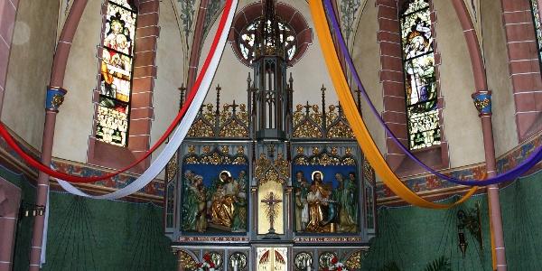 Altar der Kirche in Rückweiler