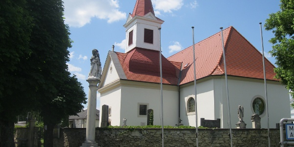 Die Pfarrkirche in Zagersdorf.
