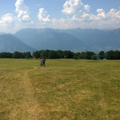 vom Rifugio über das Plateau hoch zum Monte Casale
