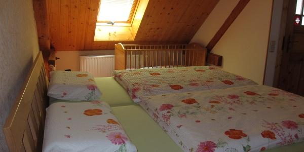 Wohnen Salvia, Schlafzimmer mit Kinderbett