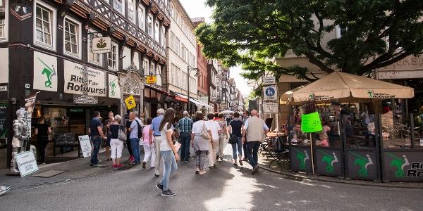 Ritter der Rotwurst inmitten der Altstadt von Hann.Münden