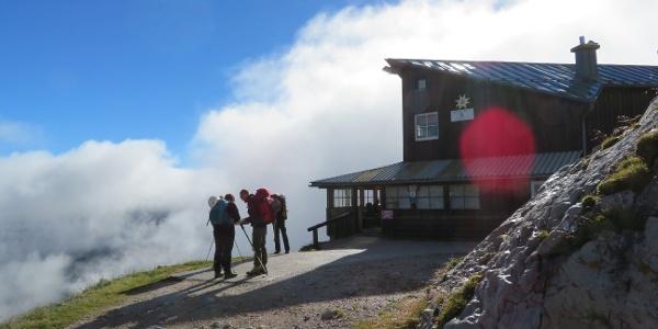 Tag 1: Früh morgens auf der Simonyhütte