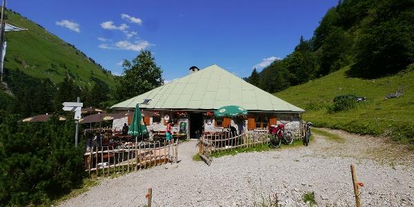 Die Untere Bärgündele-Alpe