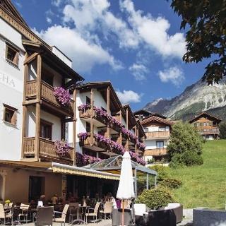 Hotel Spescha Sonnenterrasse
