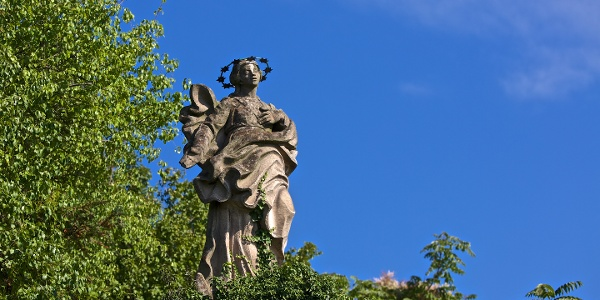Madonna im Mariengarten