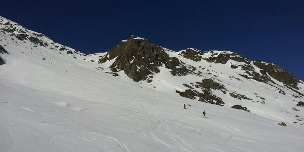 Abfahrtshang weicht vom Aufstieg ab. 10:38:55