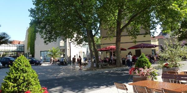 Gemütliche Cafés und Restaurants