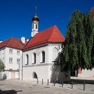 Gruftkapelle und Kloster Hl. Kreuz