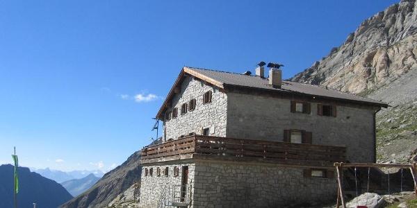 DIe AVS Hochfeilerhütte