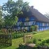 Das blaue Haus in Warthe schmückt so manche Postkarte