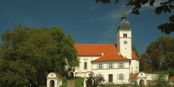 Wallfahrtskirche Mariä Himmelfahrt in Allersberg bei Abensberg im Hopfenland Hallertau