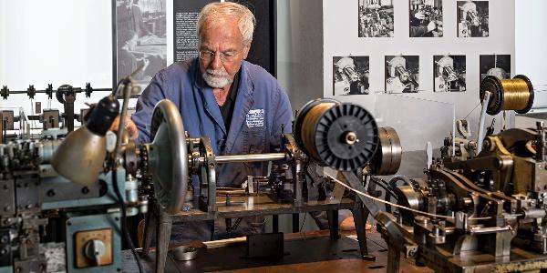 Eine Kettenmaschine im Technischen Museum in Pforzheim