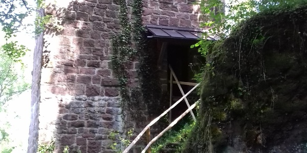 Eingang zur Fautsburg