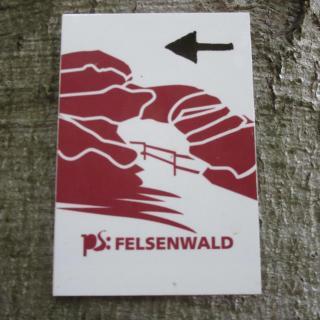 Wegmarkierung  Premium weg Felsewald