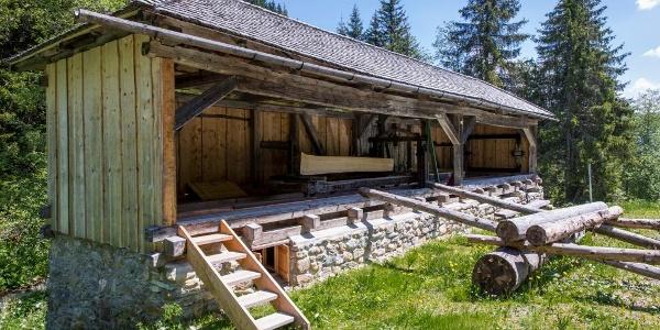 Resgia Gneida / Holzsägerei