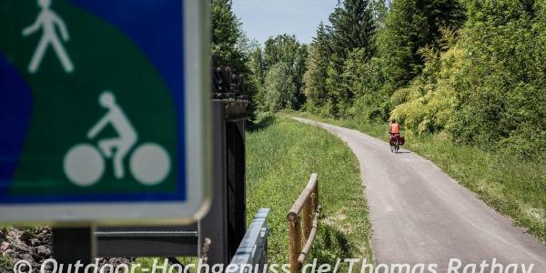Ein großer Teil der Route führt auf den Voie Verte, also autofrei entlang.