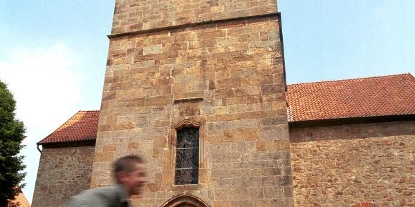 """Steinerne Vielfalt: In dem Jahr, als Christopher Columbus Amerika entdeckte, beschloss man hier in Hagen den Bau einer neuen Kirche. 31 Jahre später, 1523, wurde sie fertiggestellt. Hier kam ein Sandstein zum Einsatz, den man nicht weit von hier an einem Berg namens """"Baumannsknollen"""" abbaute."""