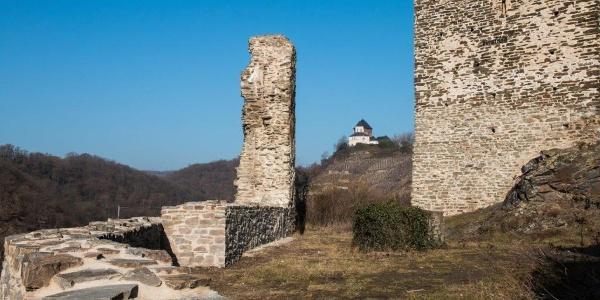 Kobern-Gondorf: Die Ruine der Niederburg (hier der Blick auf die Matthiaskapelle)