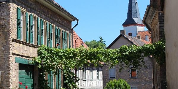 Ortsdurchfahrt durch das schöne Örtchen Wonsheim