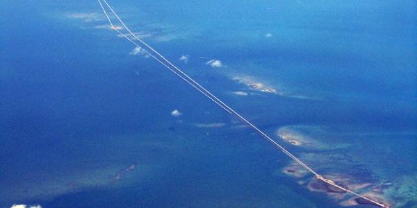 Die Seven Mile Bridge aus der Vogelperspektive