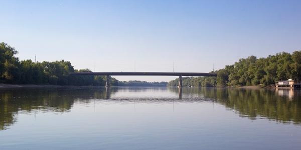 A Tildy híd Tahitótfalunál