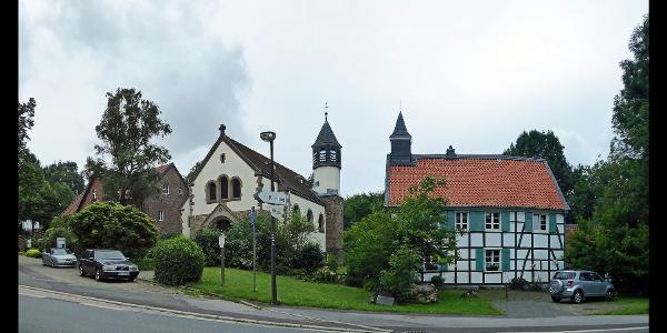 Museum, Kapelle St. Jakobus und altes Schulhaus mit Kapelle (von links nach rechts) in Abtsküche