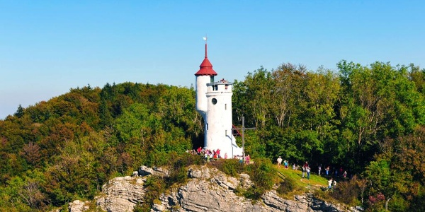 Die Urlingerwarte des ÖTK (Westansicht) thront am Blassenstein über der Stadt Scheibbs