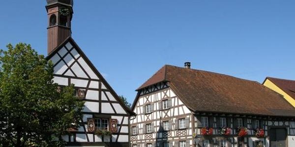 Fachwerk und Reben gemütlich erleben in Bermatingen