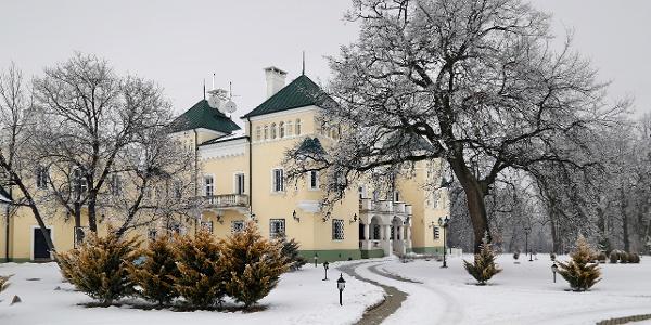 Az acsaújlaki Prónay–Patay-kastély télen