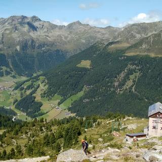 Oberhalb Kasslerhütte mit Blick ins Reintal/Taufers